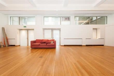 Office<span>165</span>m² for rent