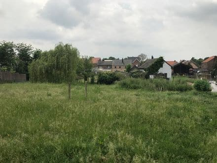 Building land<span>865</span>m² for rent