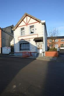 House<span>210</span>m² for rent Le Roeulx