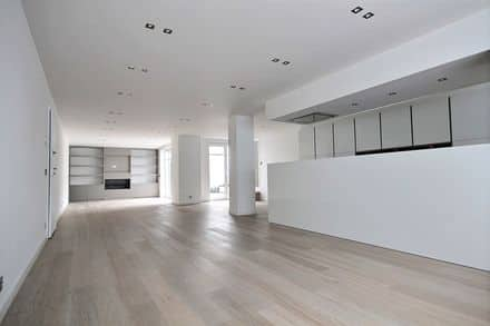 Apartment<span>220</span>m² for rent Brussels