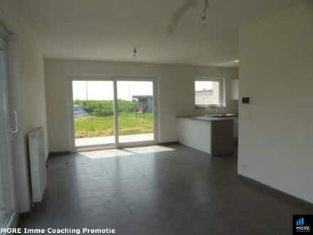 House<span>171</span>m² for rent