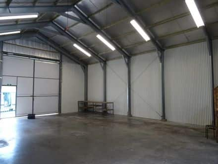 Warehouse<span>120</span>m² for rent
