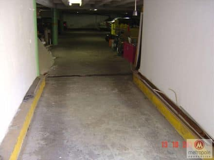 Parking space or garage<span>350</span>m² for rent
