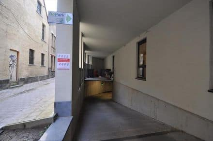 Parking space or garage for rent Ghent