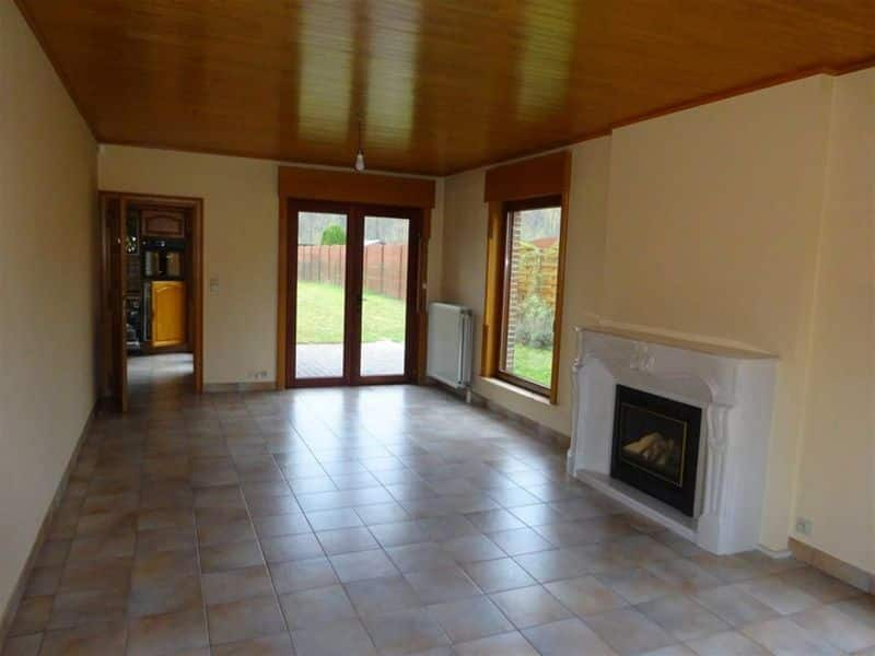 House for rent in Sirault