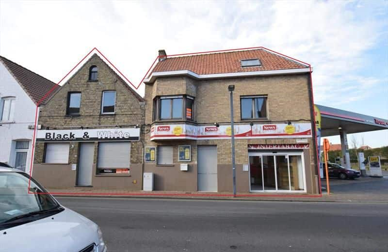 Office or business for rent in De Panne