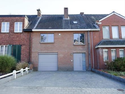 House<span>144</span>m² for rent Sint Genesius Rode