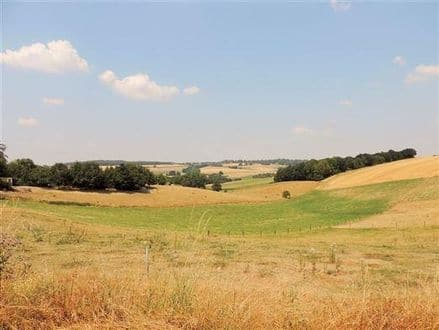Land<span>937</span>m² for rent Goesnes