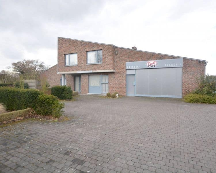 Villa te koop in Putte