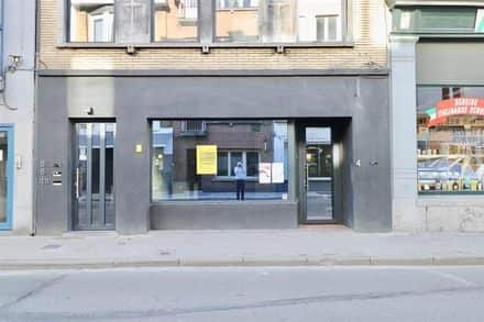 Business<span>114</span>m² for rent