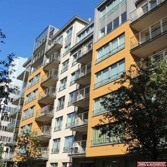 Studio flat<span>55</span>m² for rent Evere