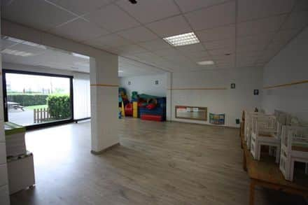 Business<span>500</span>m² for rent Sint Lambrechts Woluwe