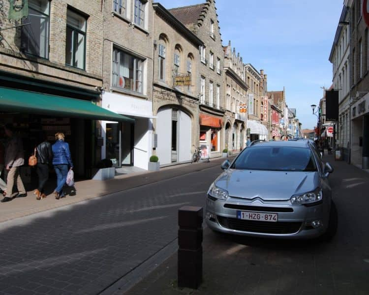 Business for rent in Veurne