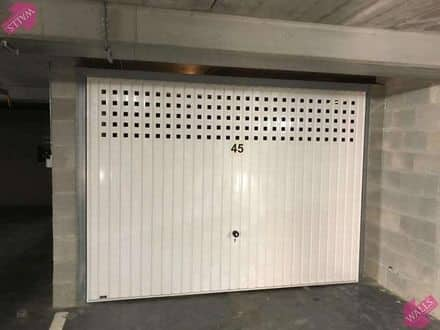 Parking space or garage<span>27</span>m² for rent