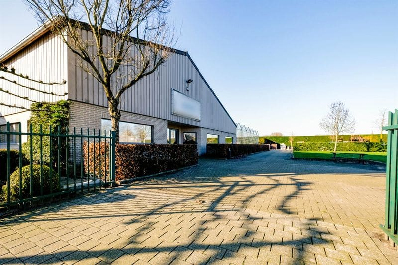Office or business for rent in Beveren