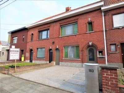 House<span>246</span>m² for rent Beveren Leie