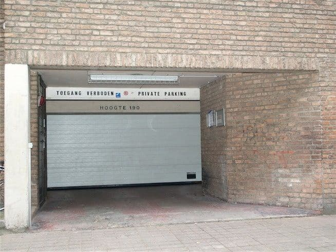 Garage for rent in Ostend