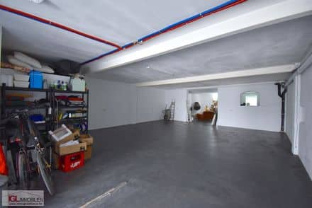 Business<span>135</span>m² for rent