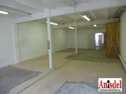 Warehouse<span>150</span>m² for rent