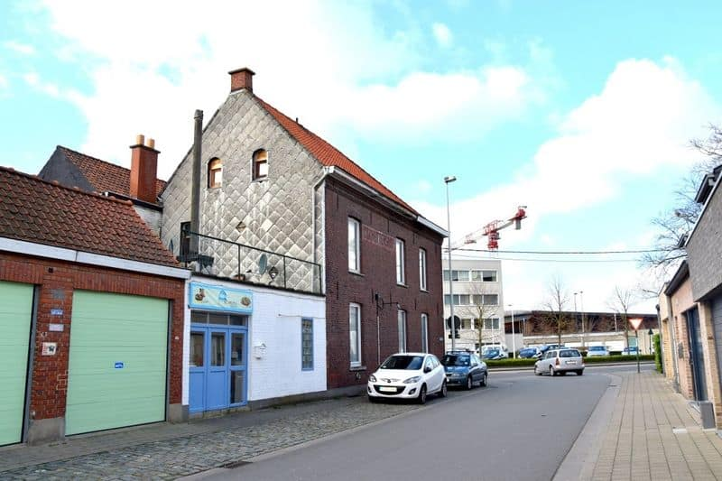Terraced house for sale in Roeselare