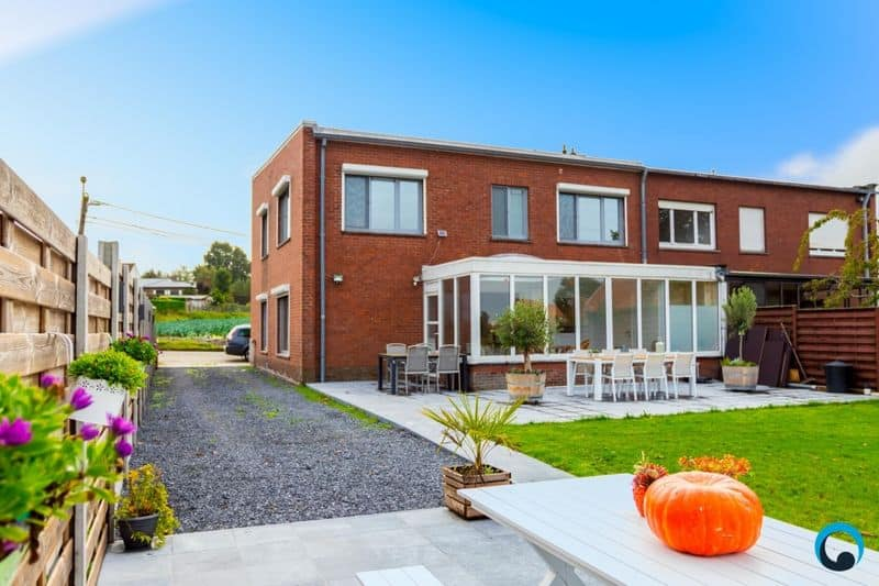 House for sale in Aartrijke