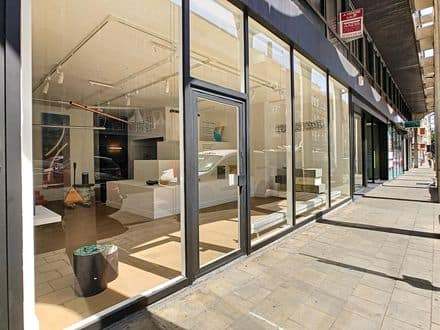 Office or business<span>100</span>m² for rent