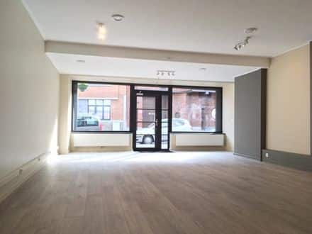 Shop<span>220</span>m² for rent