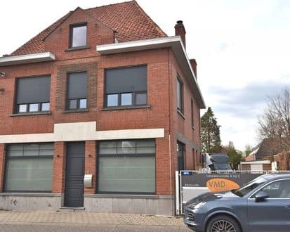 House<span>286</span>m² for rent