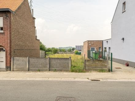 Building land<span>546</span>m² for rent