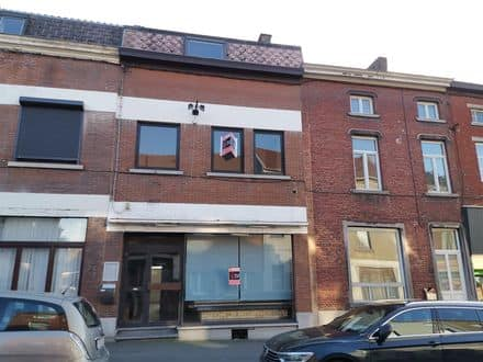 Office or business<span>220</span>m² for rent Jumet