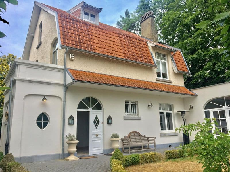 Villa for sale in Ukkel