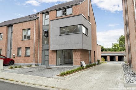 House<span>140</span>m² for rent Waremme