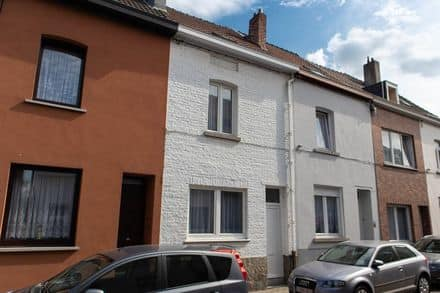 House<span>125</span>m² for rent Drogenbos