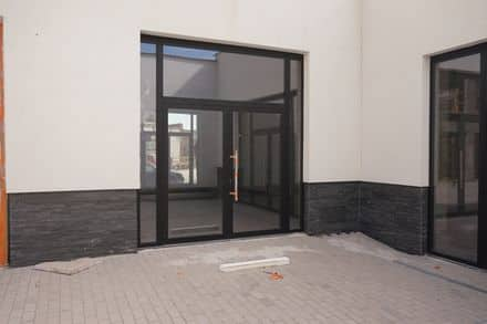 Shop<span>95</span>m² for rent