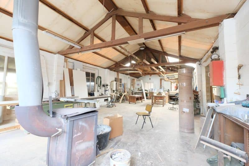 Warehouse for sale in Ittre