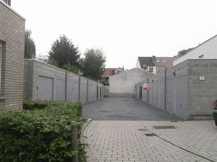 Parking space or garage for rent Sint Amandsberg
