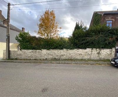 Land<span>1450</span>m² for rent Courcelles