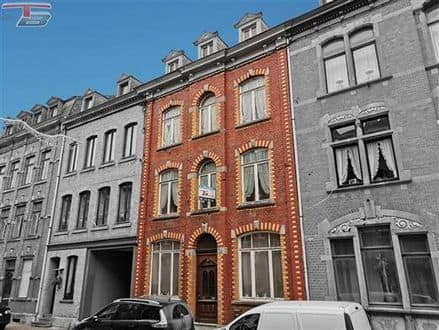 House<span>268</span>m² for rent