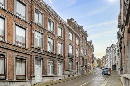 House<span>250</span>m² for rent Liege