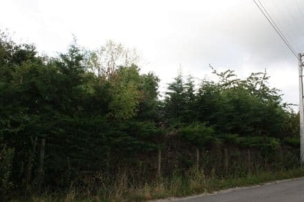 Land<span>708</span>m² for rent Callenelle