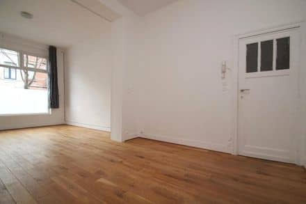 Studio<span>50</span>m² for rent