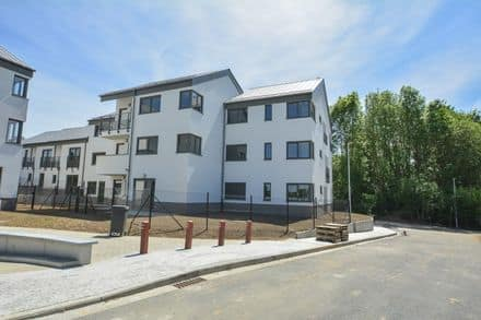 Ground floor flat<span>157</span>m² for rent