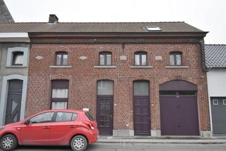 House<span>267</span>m² for rent