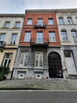 House<span>540</span>m² for rent Brussels