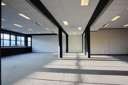 Office<span>450</span>m² for rent