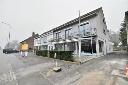 Office or business<span>130</span>m² for rent