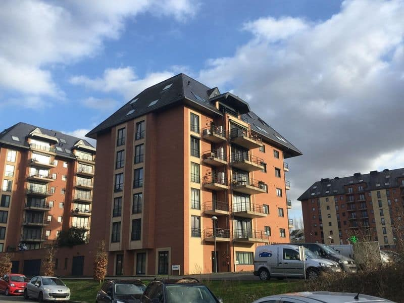 Parking space or garage for sale in Nivelles