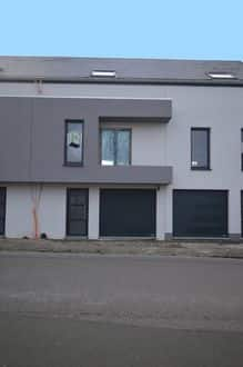 House<span>141</span>m² for rent Binche