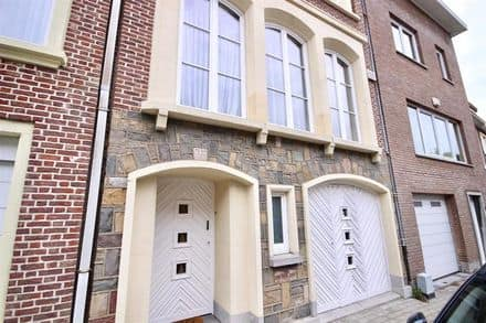 House<span>150</span>m² for rent Sint Pieters Woluwe