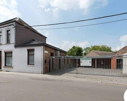 Warehouse<span>162</span>m² for rent Leval Trahegnies